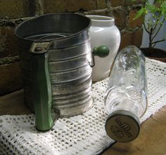 Vintage Glass Rolling Pin & Sifter                              ****