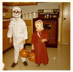 Vintage Halloween Costumes Halloween in the - Here I am, as a skeleton, with my sister as Little Red Riding Hood, in 1970 Halloween Treat Bags, Retro Halloween, Halloween Horror, Halloween House, Holidays Halloween, Spooky Halloween, Happy Halloween, Halloween Decorations, Halloween Party