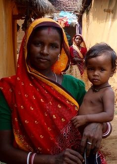 Black south Asian woman and child Black People, We The People, Indian Colours, India People, Asian History, Mother And Child, Ethiopia, Black Men, Two By Two