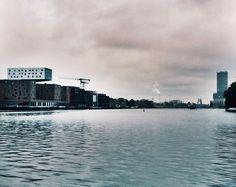 Samstag, 20:06., 06:13 Uhr – Kreuzberg, Oberbaumbrücke: Watergateview. ©…