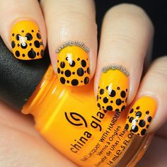 Love this yellow and black nail design. Instagram photo by omgpolishem