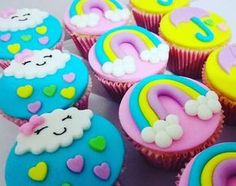Resultado de imagem para docinhos motivo unicornio Fondant Toppers, Fondant Cupcakes, Cake Icing, Cupcake Toppers, Cupcake Cakes, Cloud Party, Girl Birthday, Birthday Cake, Unicorn Party
