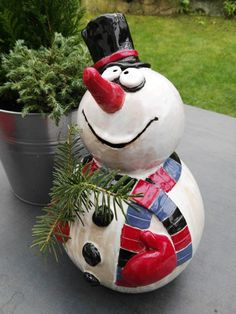 MO KERAMIK - Weihnachten, Lustiger Schneemann für den Winter, Handarbeit, Unikat