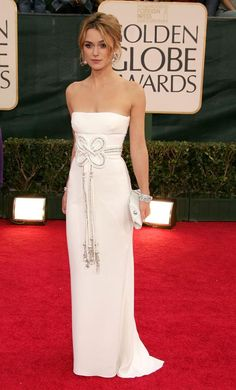 Golden Globes 2015: Keira Knightley wearing a white Valentino dress #fashion Celebrity Red Carpet Jewellery #jewellerymonthly #lovejewellery #fashion #trending #jewellery #celeb #glam #pose #redcarpet