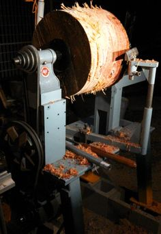 my bowl lathe - first night home - heavy monkey puzzle log - the lathe runs very smoothly and quietly
