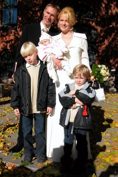 Jens and Stephanie Voigt with three of his six children