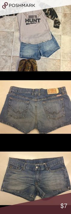Lucky brand denim shorts Lucky brand denim shorts. Size 10. SLIGHT lil tears at each side. I actually never wore them. These are a re-posh. Just too short for me at 41 years old 😭. PERFECT for concerts or festivals. Lucky Brand Shorts Jean Shorts
