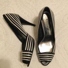 White House and black market heels Beautiful White House Black Market Shoes Heels