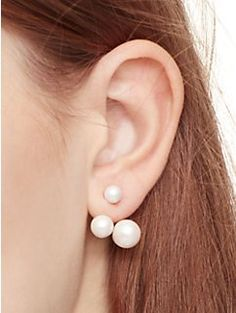 An earring, reinvented.