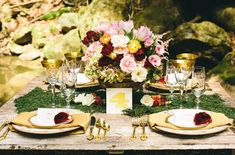Different bouquet of flours Less cheesy looking gold color Different table card placement