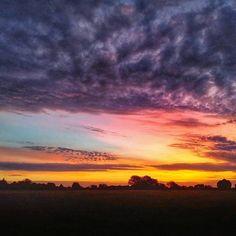 Good Morning East Texas!  Photo taken in Van Zandt County by our friend @txmbirdie.