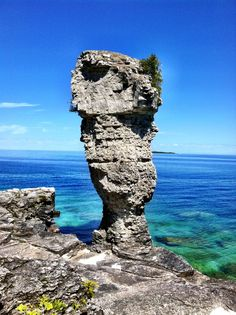 Flowerpot Island, Tobermory, Ontario This was such a cool sight. The rock formation was spectacular The Places Youll Go, Places To See, Bruce Peninsula, Tobermory Ontario, Flowerpot Island, Manitoulin Island, Canadian Things, Ontario Travel, Heartstrings
