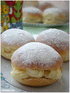 mayalı alman pastası Cake Recipes, Dessert Recipes, Desserts, Turkey Cake, Pudding Cake, Turkish Recipes, Sweet Cakes, Mini Cakes, Flan