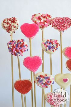 Aren't these Chocolate Covered Marshmallow Hearts just gorgeous?  And they are so easy to make!
