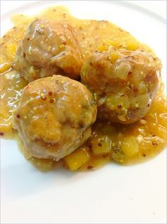 ALBONDIGAS EN SALSA DE MOSTAZA A LA ANTIGUA Y MANZANA : LAS RECETAS DE MIS AMIGAS Healthy Protein Dinner Recipes, Pork Recipes, Mexican Food Recipes, Recipies, Kitchen Recipes, Cooking Recipes, My Favorite Food, Favorite Recipes, Chilean Recipes