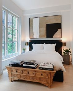 House Interior, House Rooms, Bedroom Decor, Apartment Decor, Black Bed Frame, Bedroom Interior, Interior, Home Bedroom, Home Decor