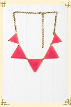 FRANCESCA'S COLLECTIONS - Polygon Necklace in Pink