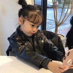 we're not who we used to be, # Hayran Kurgu # amreading # books # wattpad Cute Asian Babies, Korean Babies, Cute Babies, Cute Baby Meme, Baby Memes, Cute Little Baby, Little Babies, Cute Korean, Korean Girl