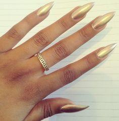 Simple yet elegant gold nails