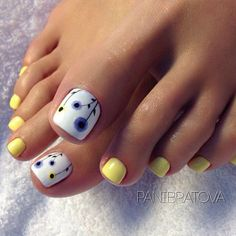 Installation of acrylic or gel nails - My Nails Pretty Toe Nails, Cute Toe Nails, My Nails, Toe Nail Color, Toe Nail Art, Nail Colors, Summer Toe Nails, Summer Pedicures, Spring Nails