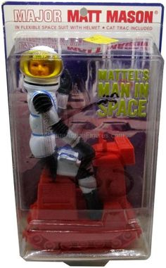 The Major Matt Mason toy line is a well-crafted and artistically rich line. It's a fascinating reflection of mankind's idea of life in the space at the time. 1960s Toys, Retro Toys, Vintage Toys, Science Fiction, Childrens Christmas Gifts, Toys In The Attic, Space Toys, Popular Toys, Urban Legends