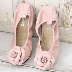 YESSTYLE: Lane172- Genuine Leather Flower-Accent Flats - Free International Shipping on orders over $150