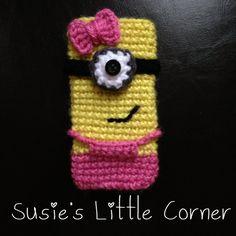 Crochet Phone Cover Despicable me minion crochet Crochet Phone Cover, Crochet Pouch, Crochet Hook Set, Quick Crochet, Crochet Purses, Diy Crochet, Minion Crochet, Kawaii Crochet, Crochet Designs