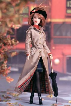 Autumn in London Barbie Doll - 1999 City Seasons Collection - Barbie Collector