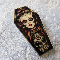 Coffin Shaped Brooch Pin Badge - Gothic Lolita and Sugar Skull in Retro Old School Tattoo Style - 90s Bag Jacket Decoration Trend