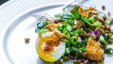 Foto: Arne Bru Haug Vegetarian Eggs, Diy Food, Bon Appetit, Salads, Veggies, Rice, Cooking, Ethnic Recipes, Bowls