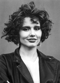 earth girls are easy | Earth Girls Are Easy (1988) - Geena Davis Photo (32308619) - Fanpop ...