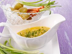 Voikastike uusille perunoille | Valio Cantaloupe, Serving Bowls, Tasty, Dishes, Fruit, Tableware, Recipes, Food, Meat