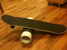 DIY balance board for roller derby. Tips: Wear your protective gear! Get low in derby stance. Do not lean too far forward. If you are a beginner, use a chair back to hold onto until you can wean yourself away from it. As you progress, make it more challen Board Skateboard, Skateboard Decks, Roller Derby Drills, Bufoni, Hockey Training, Pvc Tube, Stand Up Desk, Thing 1, Chair Backs