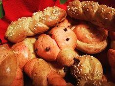 Λαμπροκούλουρα Pretzel Bites, Biscuits, Turkey, Bread, European Countries, Food, Recipies, Crack Crackers, Recipes