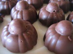 Recette des bouchées au chocolat - Tupperware - Moule à bouchées - Tupperware avec Céline Thirty One Party, Patriotic Party, House Party, Scentsy, Party Games, Baby Toys, Barbie, 31 Bags, Blog