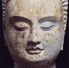 """A Buddha from Exhibition, """"The Lost Buddhas, Chinese Buddhist Sculpture from Qingzhou"""".jpg 500×491 pixels"""