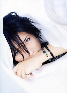 Why are you so beautiful, Gackt-sama?