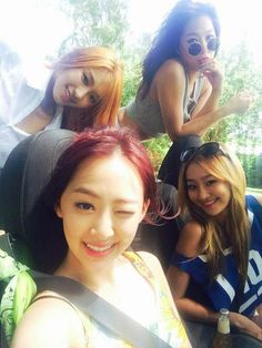 "SISTAR on the set of ""I Swear"" MV"