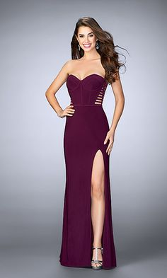 La Femme 23592 - Sexy jersey dress with corset piping on the bust and strappy back. Features a side slit. Back zipper closure - Colors: Dark Berry, Dark Teal, or Steel Grey Lace Bridesmaid Dresses, Homecoming Dresses, Prom Gowns, Celebrity Prom Dresses, Dresser, Vestidos Zara, Beautiful Evening Gowns, Off Shoulder Fashion, Prom Dress Stores