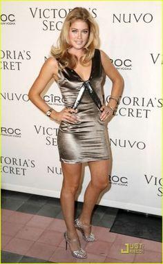 #Dutch Victoria Secret model Doutzen Kroes wearing Rolex