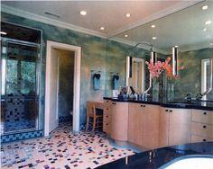 Retro 1940's inspired master bathroom