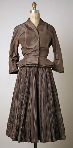Hattie Carnegie 1950 Silk Ensemble- with Finely Pleated Skirt and Tailored Jacket