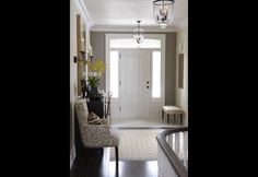 Entryway Rug Design - Call it a foyer, an entryway, an entry hallway, but whatever you call it, it is the space between the fantastic outdoors and your well-thought-out home that isn't necessarily easy to style. Home Interior, Interior Decorating, Interior Design, Fall Decorating, Foyer Decorating, Front Entrance Decorating, Interior Door, Interior Ideas, Modern Interior