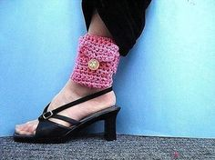 Ankle or Wrist Wallet | Crochet Pattern by Ashton11
