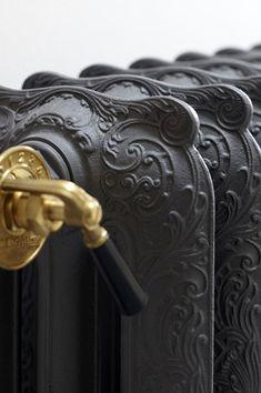 Belgian | Style | Interiors | Combinatie van nieuwe/oude materialen, inkom en badkamer Passendale - Portfolio - Expro - Interieurarchitect Josfien Maes