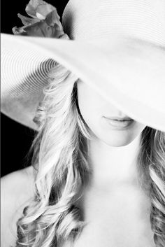 Beach Hat Blonde