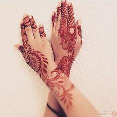 Beautiful Arabic henna design. #khaleeji