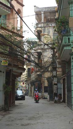 Hanoi telecom, Vietnamn, no more cables please......