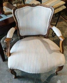 White Antique Sitting Arm Chair w/ Stripes | Sku: CHAPCZ	 | Primary View | New Leaf Consignment Galleries