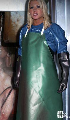Apron and rubber gloves. Pvc Apron, Apron Dress, Latex Gloves, Rubber Gloves, Plastic Aprons, Heavy Rubber, Black Angels, Weather Wear, Latex Catsuit
